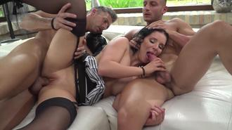 Rocco's Dirty Girls #4 Clip 2 01:30:00